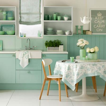 Es tendencia en decoraci n cocinas verdes el blog de - Cocinas verdes y blancas ...