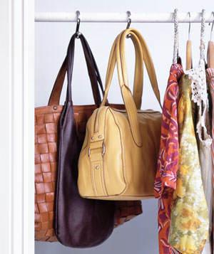 Ideas para guardar bolsos y complementos el blog de due - Como guardar los bolsos ...