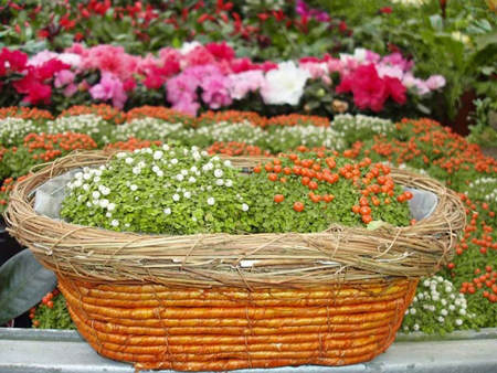 Ideas para decorar cestas de mimbre el blog de due home for Decoracion de cestas