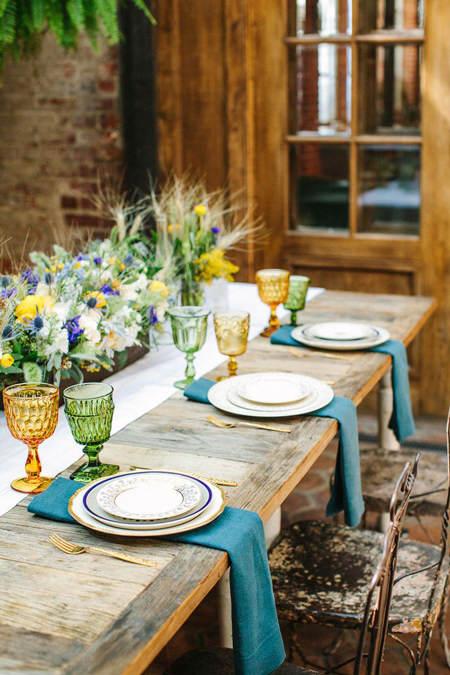 Ideas para decorar una mesa para invitados el blog de for Ideas decorativas home