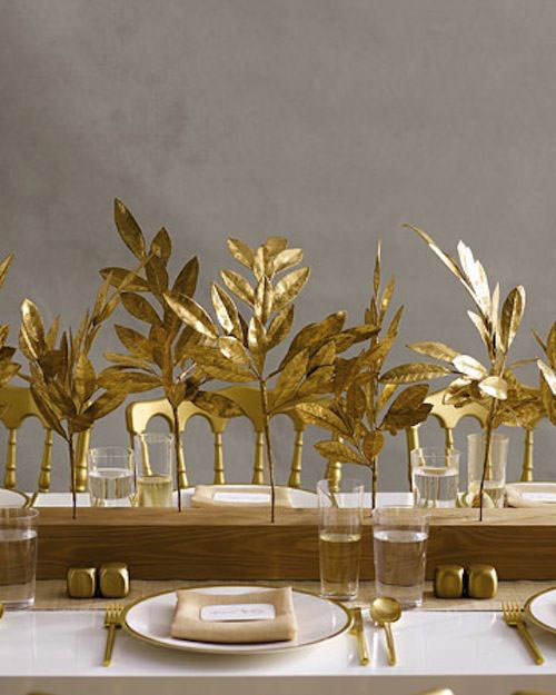 luxury-thanksgiving-decoration-with-the-wooden-table-and-gold-wooden-chairs-and-gold-leafs-design-and-gold-accessories
