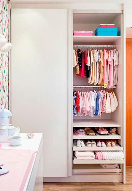 Trucos de almacenaje para habitaciones infantiles el for Distribucion de armarios empotrados por dentro