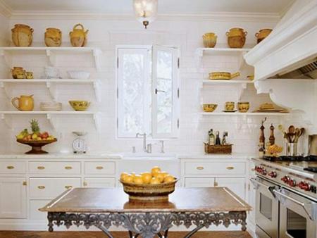 Es tendencia en decoraci n cocinas con estantes abiertos - Estanterias para cocina ...