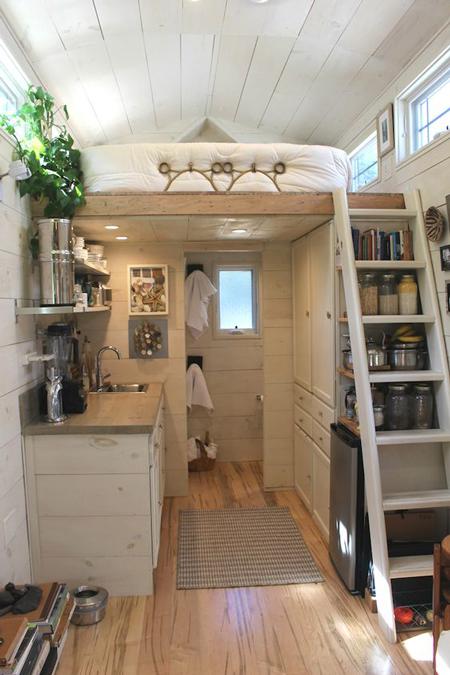 10 ideas de almacenaje para casas peque as el blog de for Distribucion habitacion juvenil