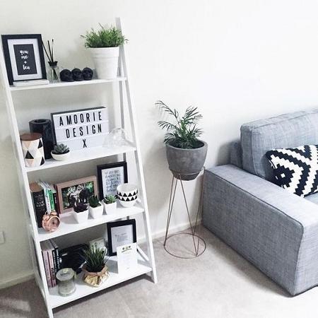 decorar estanterías pequeñas